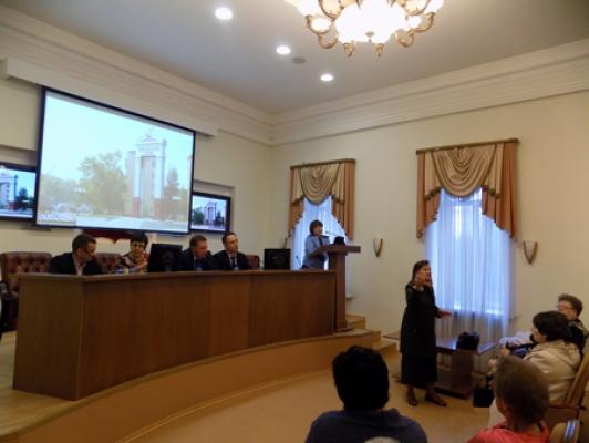 Представители власти и надзорных органов провели встречи с домовыми комитетами